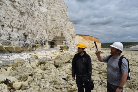 Discussing failure mechanisms at a section of chalk cliff